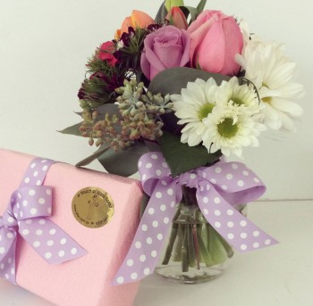 flowers with gifts Image