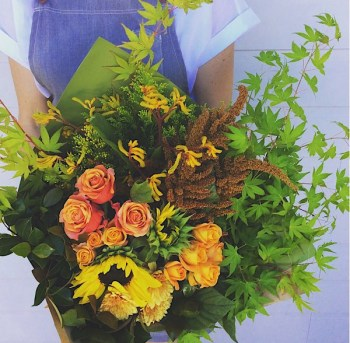 Hand-tied Bouquets Image