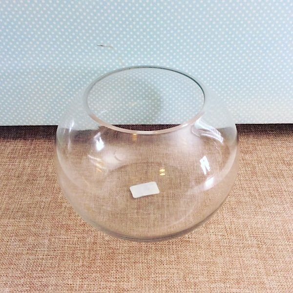 Glass Fishbowl Vase approximately 20cm high - A Touch of Class Florist Perth