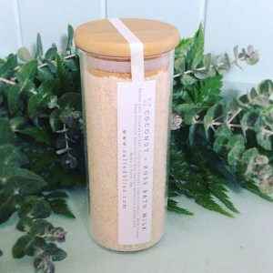Coconut and Rose Bath Salts - Salted Bliss is a glass jar of bath salts from local Perth Company Salted Bliss - A Touch of Class Florist Perth